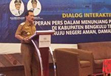Dialog pembangunan benteng
