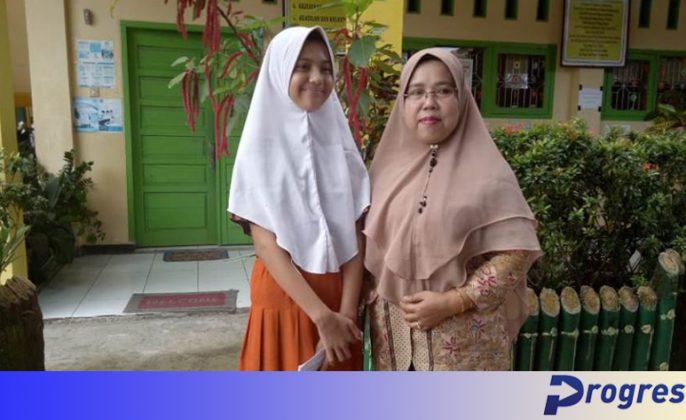 Lidya dan Kepala Sekolah