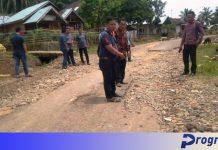 Jalan rusak di Pagar Jati